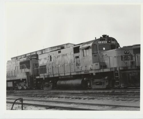 NICE Vtg.1973 Real Photo L & N Railroad Deisel Engine Train #1334 Decoursey, KY