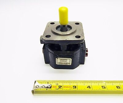 Concentric Hydraulic Gear Pumpmotor With 0.388 Displacement 080516 1321208 G120