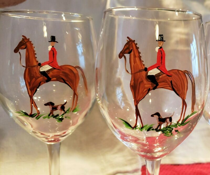 Fox hunt horse and hound  wine glasses. Set of 4