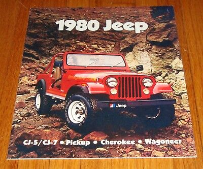 Original 1982 Jeep Full Line Deluxe Sales Brochure 82 CJ-5 CJ-7 Cherokee