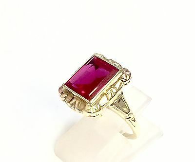 10k Solid Yellow Gold Vintage Emerald Cut Ruby Women's Ring. Size 7