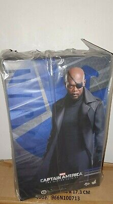 HOT TOYS CAPTAIN AMERICA THE WINTER SOLDIER NICK FURY ACTION FIGURE 1/6TH 30cm
