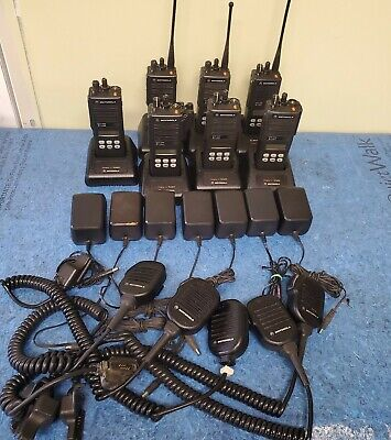 Lot Of 7 Motorola Mts2000 Model Ii 2 Way Radio H01ucf6pw1bn Mic Charger
