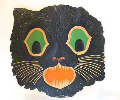 Vintage Halloween Cat Faces (VINTAGE HALLOWEEN BEISTLE BLACK CAT FACE CARDBOARD DIE-CUT WALL HANGING)