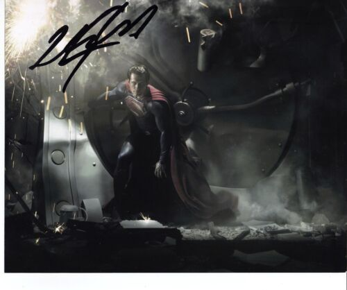 Henry Cavill Hand SIGNED 8x10 - Superman Man of Steel *Full Signature* (5571)