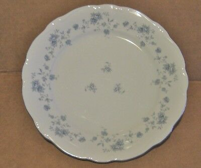 JOHANN HAVILAND BAVARIA GERMANY BLUE GARLAND FLORAL CHINA DINNER PLATES 4 avail