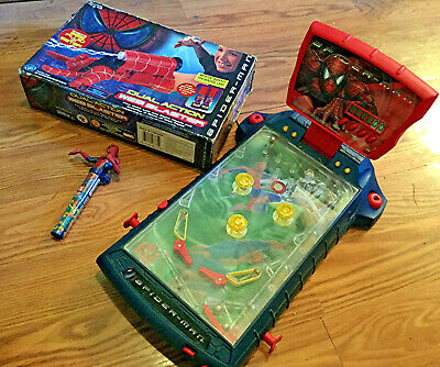 SPIDER-MAN THE MOVIE 2001 COLECTIBLE LOT PINBALL MACHINE DUAL WEB BLASTER +MORE