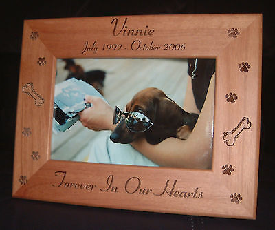 Personalized Engraved Pet Memorial Dog Cat 5x7 Frame  ()