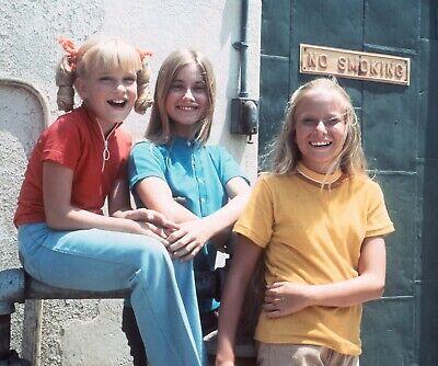 THE BRADY BUNCH - TV SHOW PHOTO #E-48