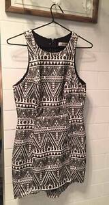 Black & white patterned dress Tumut Tumut Area Preview