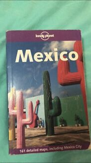 Lonely Planet Mexico! Travel guide book.