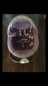 Minnie Mouse Sweet Snuggle Premier Infant Soothing Swing