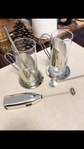 Coffee set with milk frother