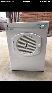 Hoover 3.5 kilo clothes dryer in good working condition $190