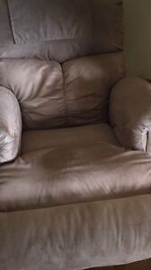 Sofa bed and reclinable