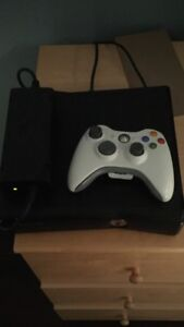 Xbox 360 2 controllers 16 games and headset