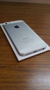 IPhone 5s comme neuf Rogers