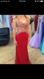 Gorgeous red prom dress!!!