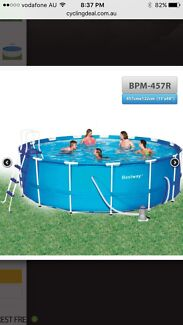 15 ft above ground swimming pool Loganlea Logan Area Preview