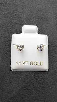 14 KT Yellow Gold Princess Cut Stud Earrings Screw Back (pierced) 4MM 14k Yellow Gold Pierced Earrings