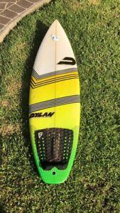 Dylan surfboard