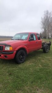 Dropped the price!! 2005 ford ranger!