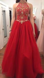 Magnifique robe de bal!