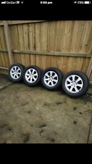 'VE 17 inch holden mag wheels in excellent condition