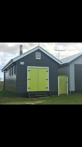 Brighton bathing box? No -Werribee south boat shed!!!!!! Brighton Bayside Area Preview