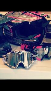 Women's Medium Motocross Helmet, Goggles and Gloves