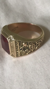 10ct Gold Ruby Man's Ring valued $1800