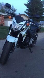 Cb500f motorcycle