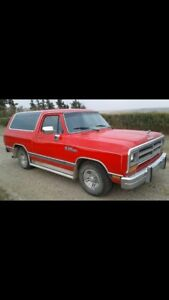 1990 ramcharger