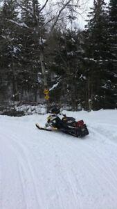2011 ski doo XRS 800