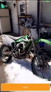 2004 Kawasaki KX 250f  COMPLETE PART OUT