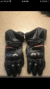 Leather motorcycle gloves, $250 new, selling for $100, brand new