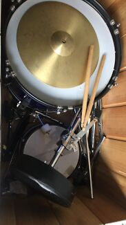 Kids drum kit $250 ono  Burton Salisbury Area Preview
