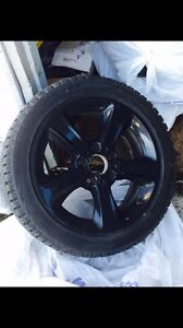 Set Mags BMW + 4 pneus d'hivers