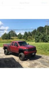 PRICE DROP CHEVY 4x4 FOR SALE