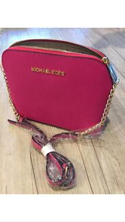 Michael Kors cross body bag  Manning South Perth Area Preview