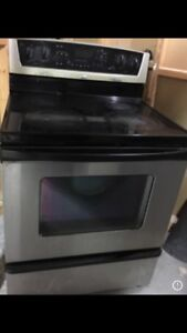 Stainless Steel Electric Cooking Range with Overhood microwave