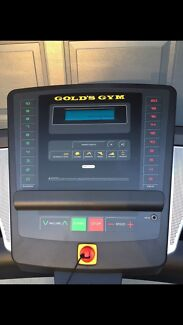 Golds Gym 725 treadmill. AS NEW!