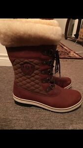 Uggs ugh Australian winter boots size 11/12