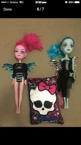 Monster high DOLLS - diary pillow - bag with speakers headphone Chambers Flat Logan Area Preview