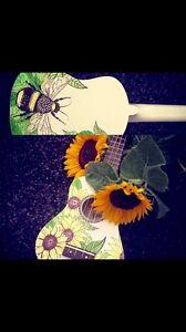 Hand painted ukulele Highland Park Gold Coast City Preview