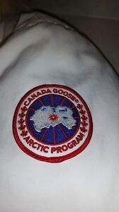 Canada Goose Women / Model  Wistler / Large fit like medium  Oakville / Halton Region Toronto (GTA) image 5