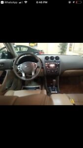 Nissan Altima 2.5 good deal