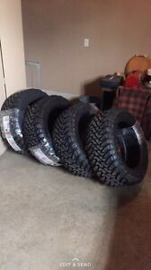 Toyo open country m/t 33x12.5r20