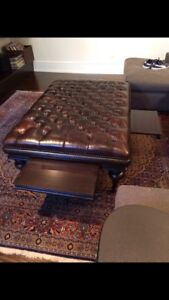 Elte Astro tufted brown leather ottoman