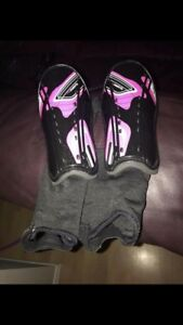 Girls Size Med Soccer Shin Guards